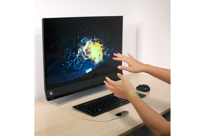 Leap Motion's Touchless Input Is a Fun, Futuristic Work in