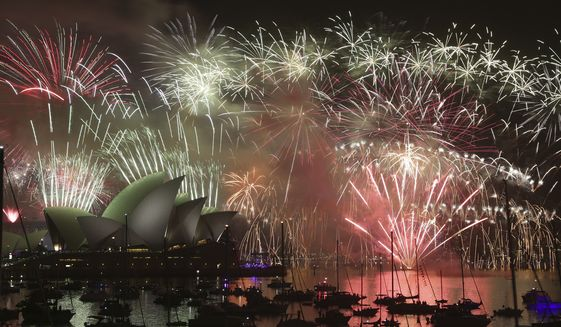 australia-new-years-evejpeg-077cd_c119-0-4207-2383_s561x327