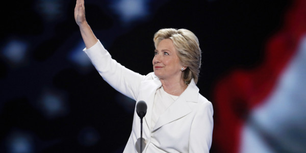 Clinton's pledge: Steady hand at 'moment of reckoning'